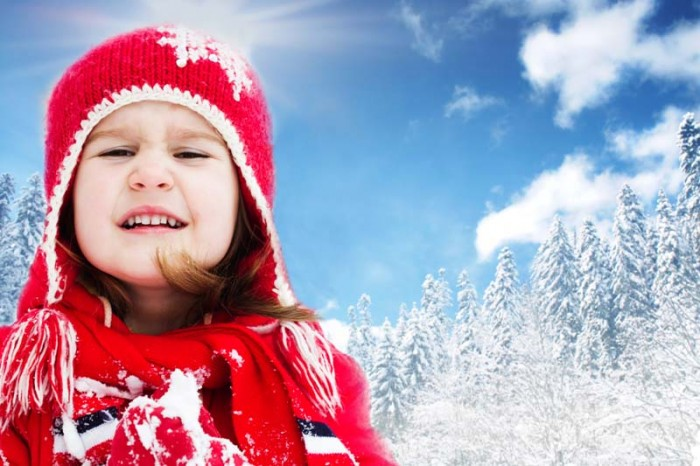 What to pack for a skiing holiday with kids...all the clothing and warm gear you will ever need from The Urban Mum