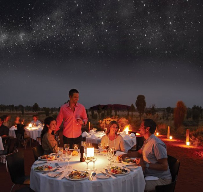 who have returned from uluru gushing about dining under the stars