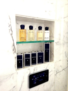 Thepeninsulabathroom5