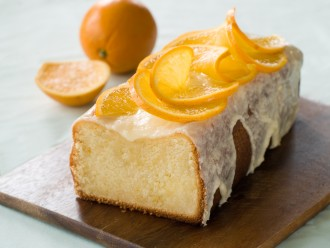 Fabulous cakes to bake with kids, orange cake and chocolate cake